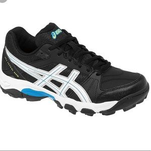 NWT ASICS Athletic Turf Shoes